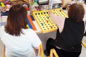 作業療法士による作業訓練